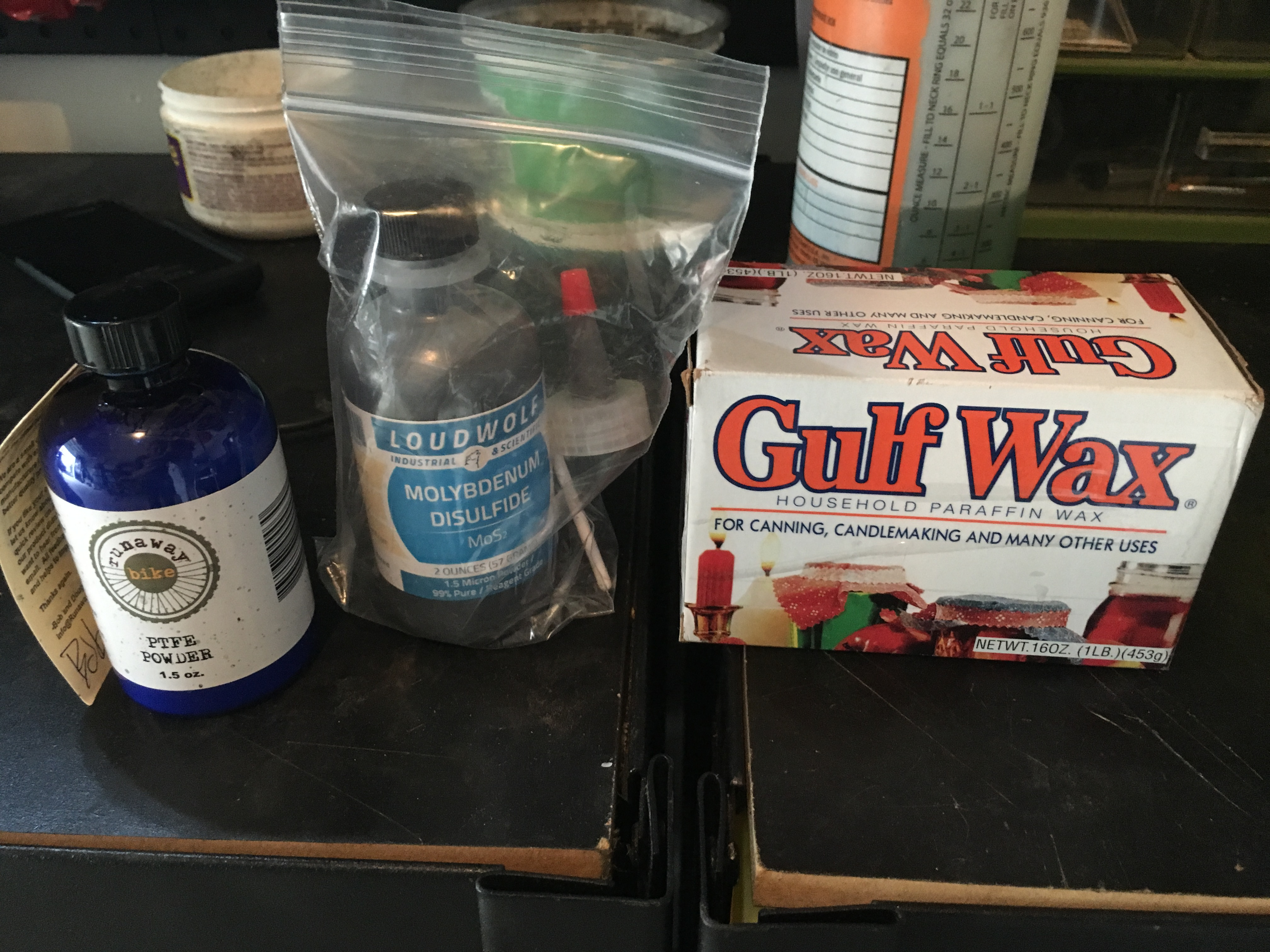 Friction Facts Chain Wax Ingredients